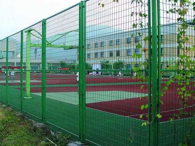 体育场护栏网的作用