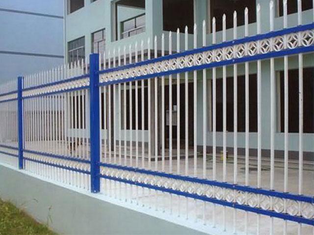厂区锌钢护栏网孔规格介绍