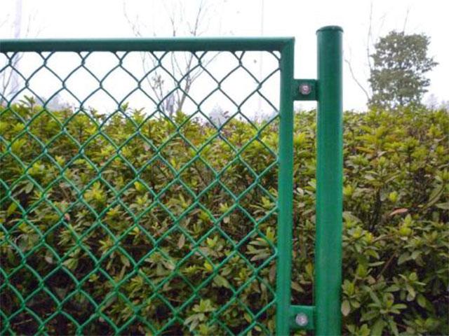 勾花护栏网安装费
