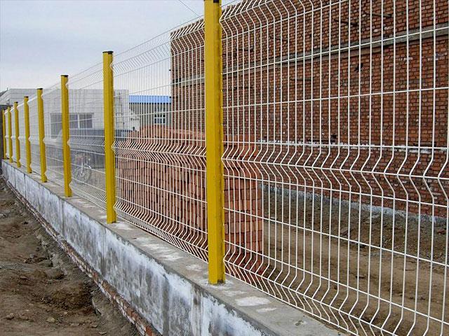 钢丝护栏网标准产品规格