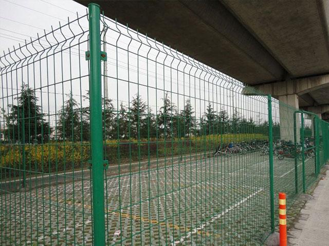 金属护栏网建筑