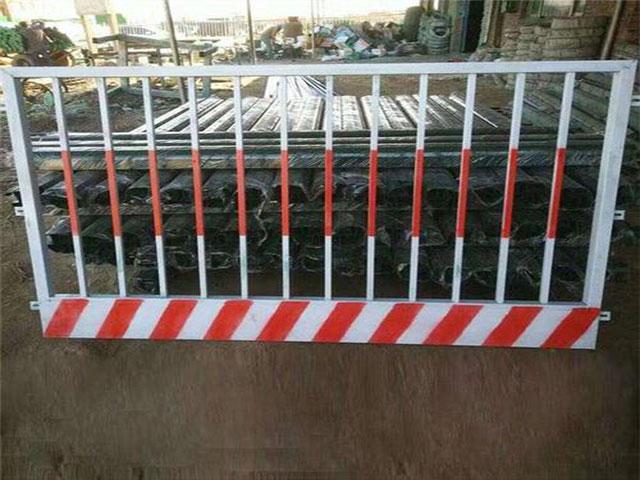 红白竖管基坑防护栏安装过程中容易出现的问题