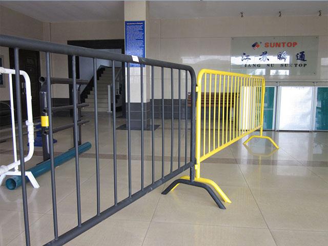 临时围栏网安装
