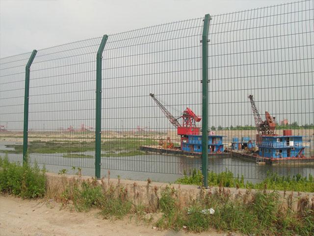 浸塑护栏网安装单价