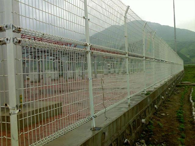 双圈护栏网一般尺寸