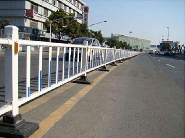 市政护栏网生产流程
