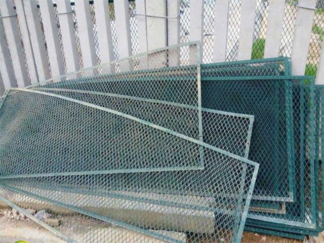 铁路防护栅栏高度标准