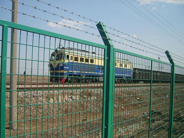 铁路防护栅栏作用有哪些?