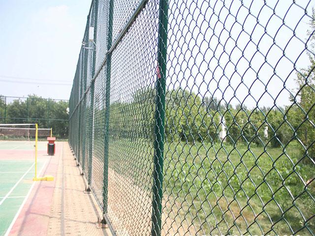 铁丝围栏网安装示意图