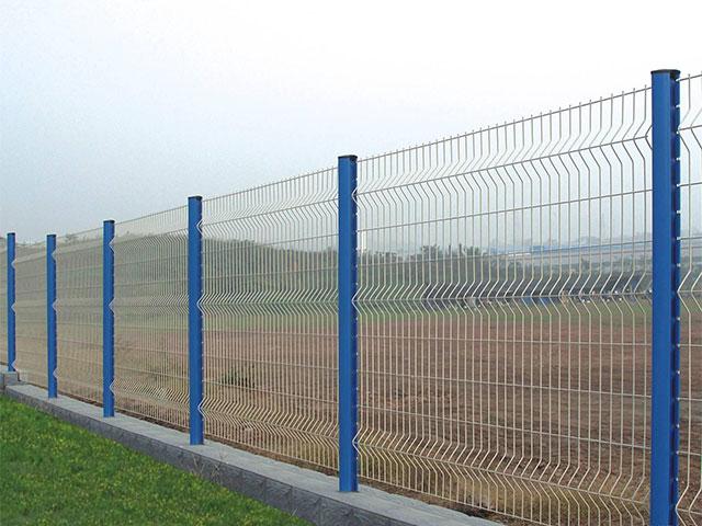 桃心柱护栏网一平方米多少钱