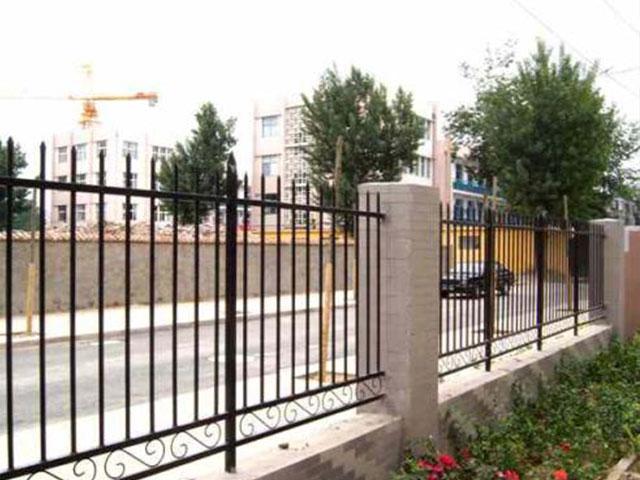 铁艺围墙栅栏有哪些