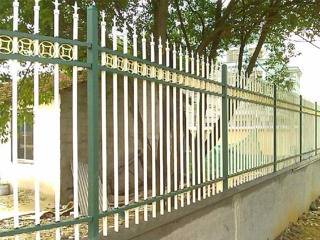 锌钢喷塑护栏尺寸检测