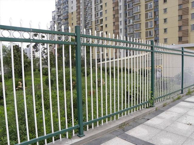 锌钢道路护栏安装