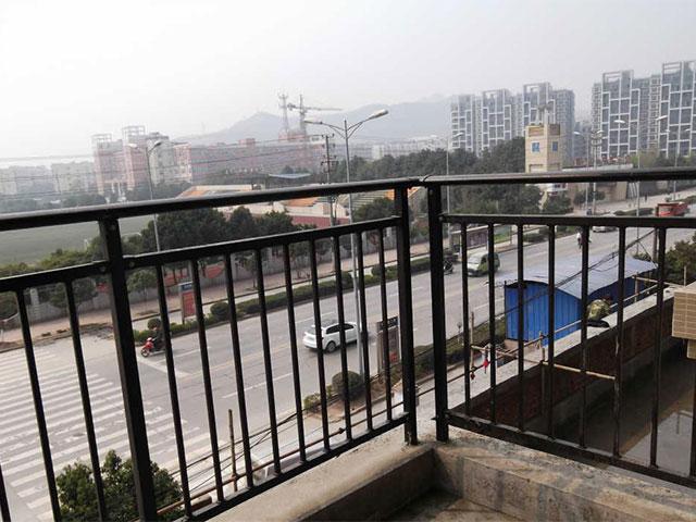 锌钢阳台护栏建筑
