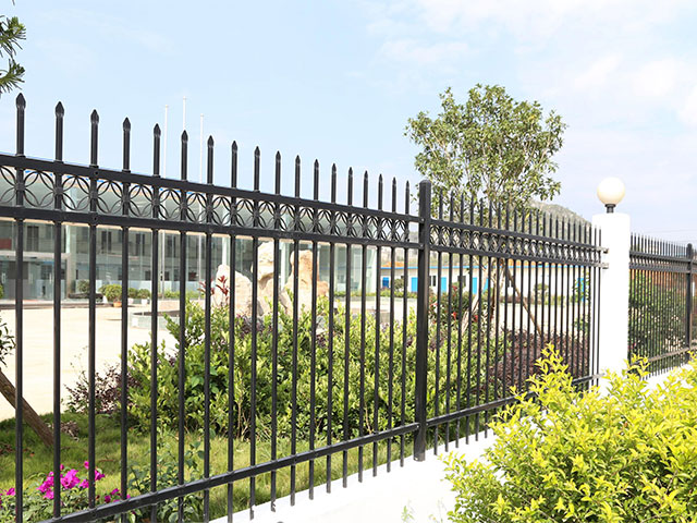 小区护栏网防腐处理有哪些呢?